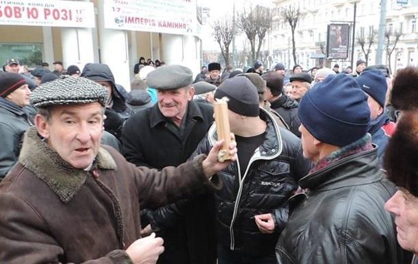 Вінницькі активісти атакували начальника поліції, щоб не сісти за грати?