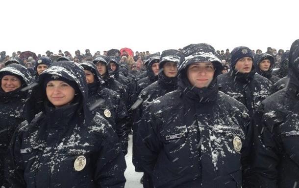 У Дніпропетровську звільнили п ятьох поліцейських