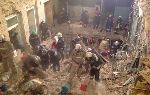 Обвал будинку в Києві: знайдено ще двох загиблих