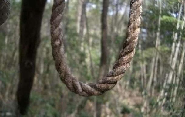 В Хмельницкой области две девушки совершили самоубийство