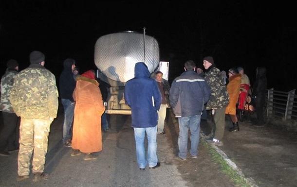 На Вінниччині заблокували трасу через ціни на молоко