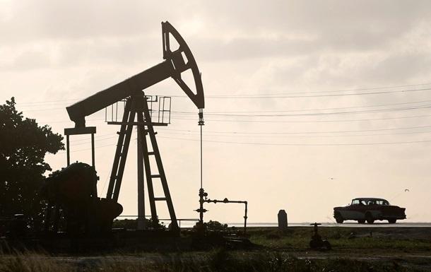 Нафта дорожчає при зниженні напруженості на ринку