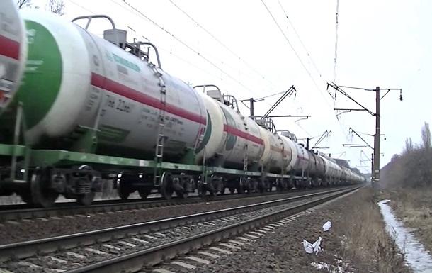 Укрзалізниця заявляє про можливу зупинку всіх поїздів