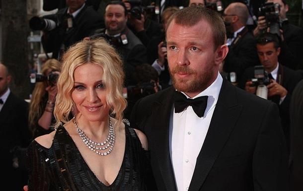 Суд виніс рішення про опікунство над сином Мадонни і Гая Річі