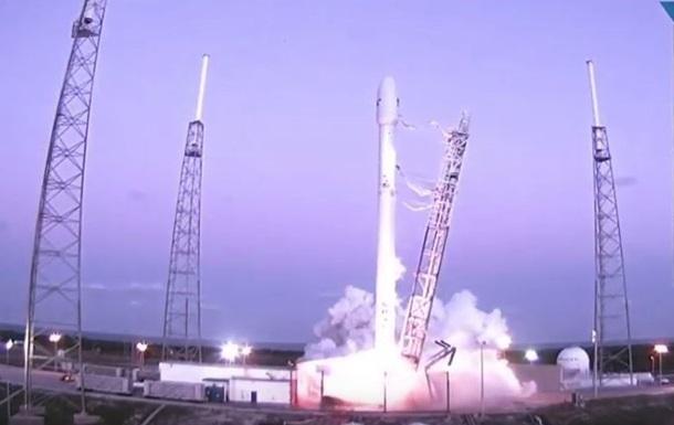Falcon 9 все-таки злетіла