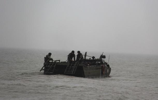 Військові провели навчання в Азовському морі