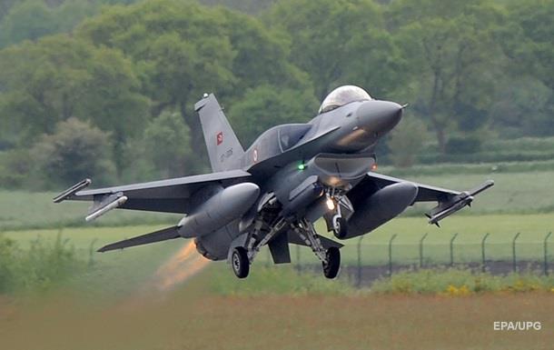 Туреччина і Азербайджан почали військові навчання