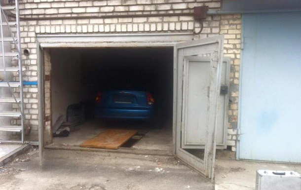 В Киеве задержали азербайджанцев, угоняющих авто