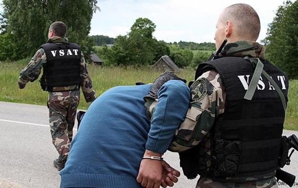 Країни Балтії споруджують паркани на кордонах