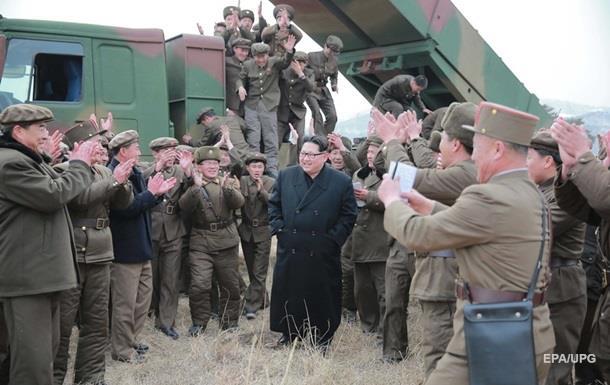 КНДР може обладнати ракети ядерними зарядами