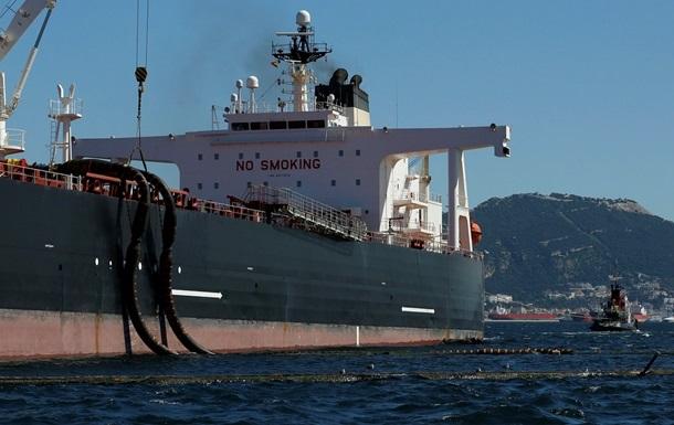 Иран продал в Европу уже четыре миллиона баррелей нефти