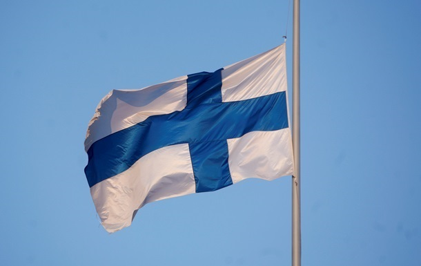 Фінляндія обговорить петицію про вихід з єврозони