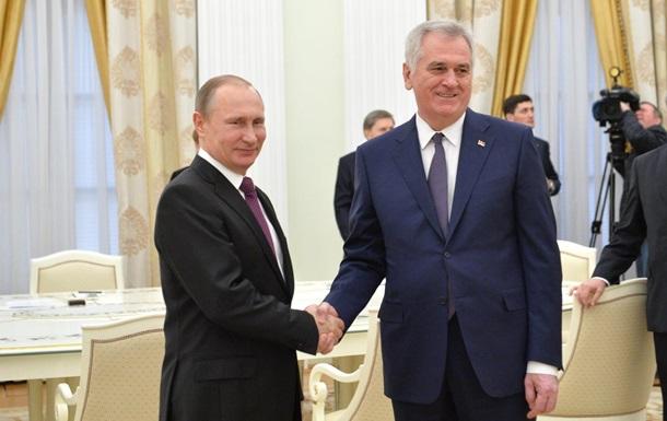 Президент Сербії: Путін обіцяє допомогу щодо Косова