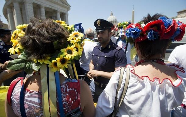 Украинцы стали лучше относиться к россиянам