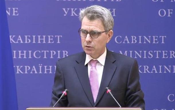 США поки не чекають від України виконання  Мінська  - Пайетт