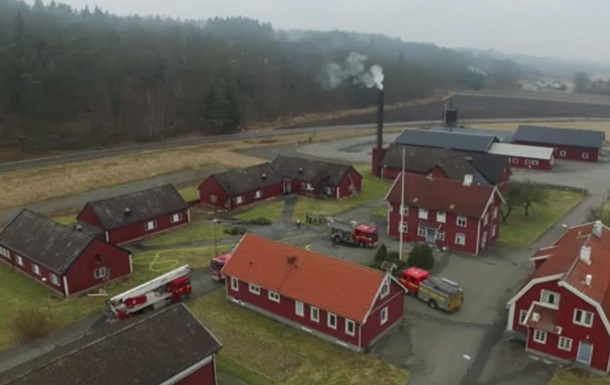 В Швеции подожгли базу приютов для беженцев