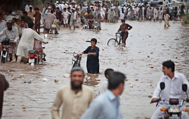 Из-за ливней в Пакистане погибли более 40 человек