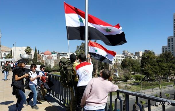 Сирійська опозиція назвала сюрпризом рішення про виведення військ РФ