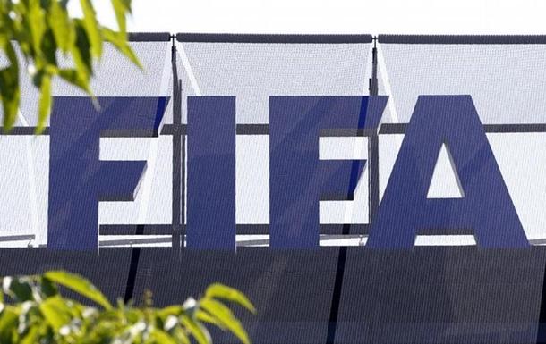 ФИФА снимает с продажи футболки с картой России без Крыма