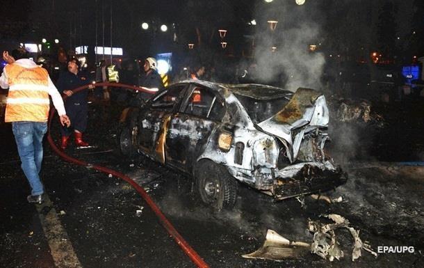 Для теракту в Анкарі використали 300 кг вибухівки