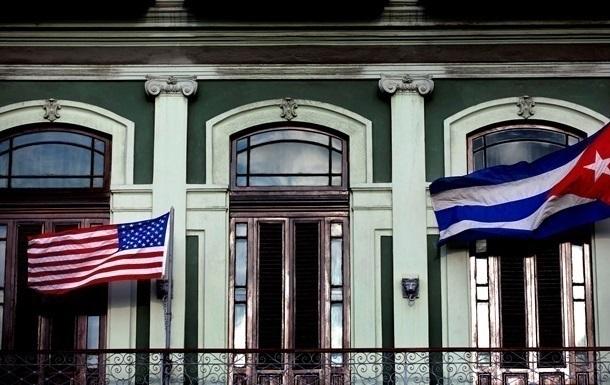 Перший за 50 років поштовий літак США прилетів на Кубу