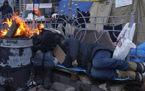 Киев заполонили бомжи: Ряды бездомных пополняют «герои АТО» и переселенцы