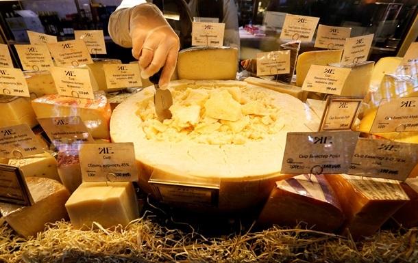 ЗМІ анонсували повернення імпортного сиру в Росію