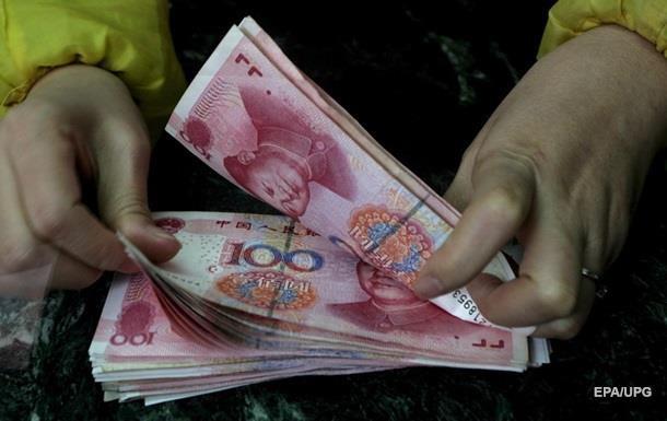 Китай різко зміцнив юань до долара