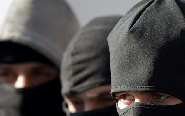 В Харькове напали на активистов партии  Успішна країна