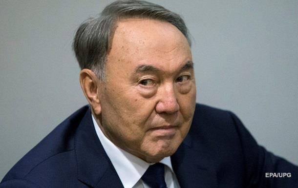 Назарбаєв допускає зміну держладу Казахстану