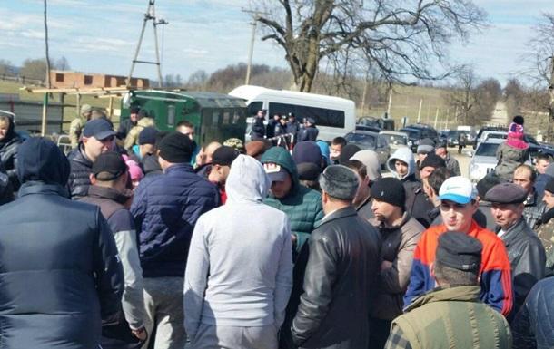 На границе с Румынией блокируют работу пограничников