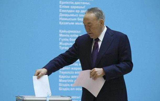 Партія Назабраєва перемогла з 82 відсотками голосів на виборах у Казахстані
