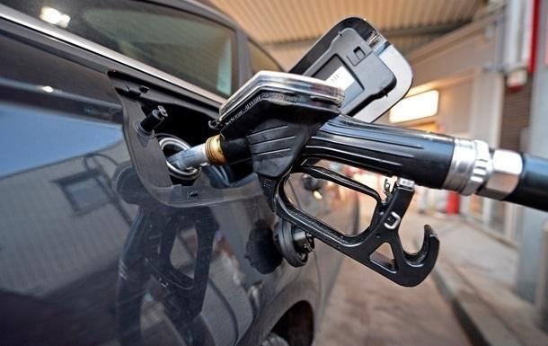 В Украине снова дорожает бензин
