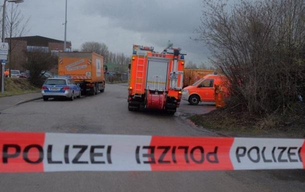 В Гамбурге авария на химскладе: над городом токсичное облако
