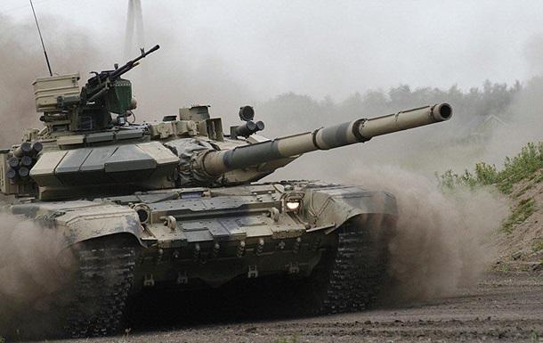 Російський танк vs ПТРК США. Фото вцілілого Т-90