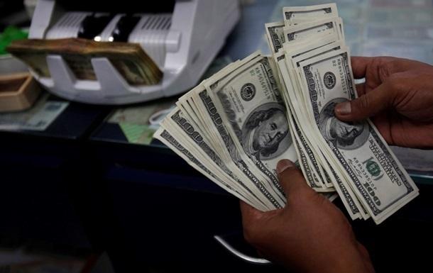 Теневой валютный рынок Украины оценили в миллиарды