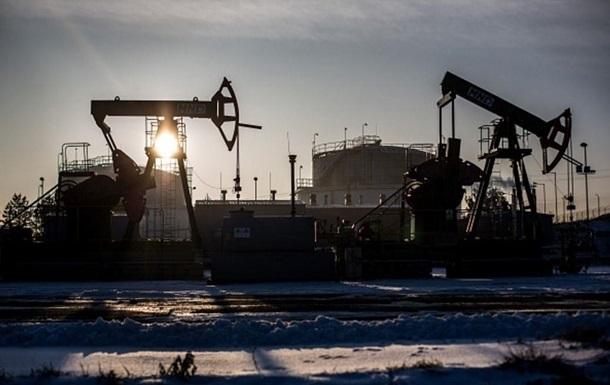 Ціни на нафту знову впали