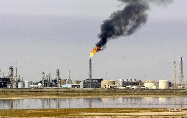 Нафта дешевшає другий день поспіль