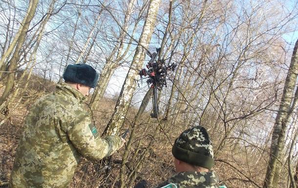 На границе с Польшей нашли беспилотники контрабандистов