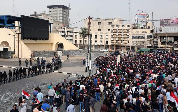 У Мережі з явилося відео вибуху на стадіоні в Багдаді