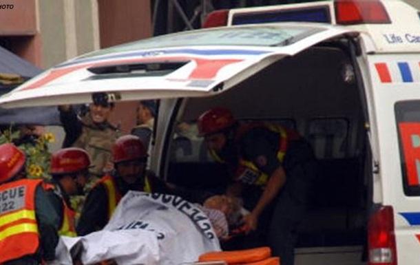 Вибух у Пакистані: понад 50 загиблих