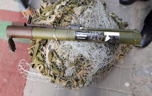 У центрі Львова затримали чоловіка з гранатометом