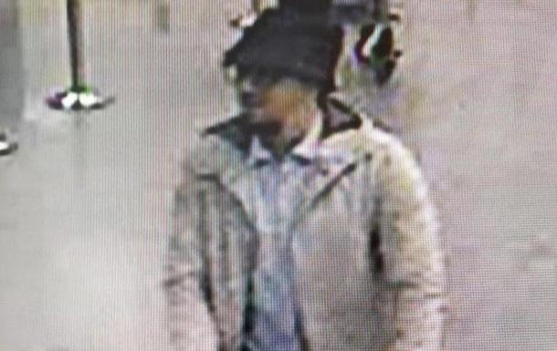 Поліція Бельгії шукає інформацію про  чоловіка у капелюсі