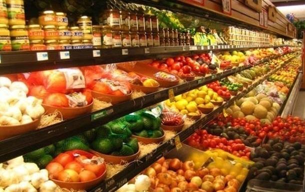 В Україні стрімко дорожчають фрукти та овочі