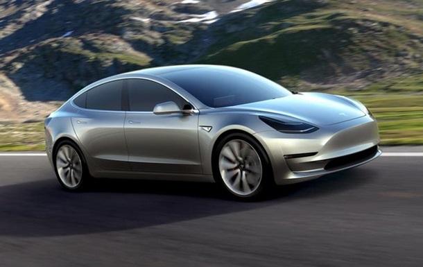 Tesla презентував електромобіль для середнього класу