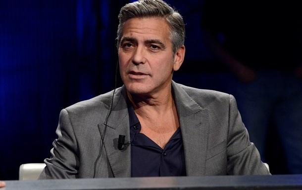 Журнал Hello извинился за фальшивое интервью Клуни