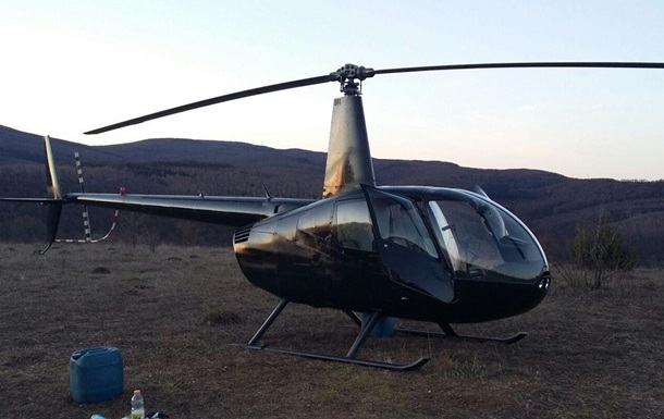 На Закарпатті зі стріляниною затримали вертоліт