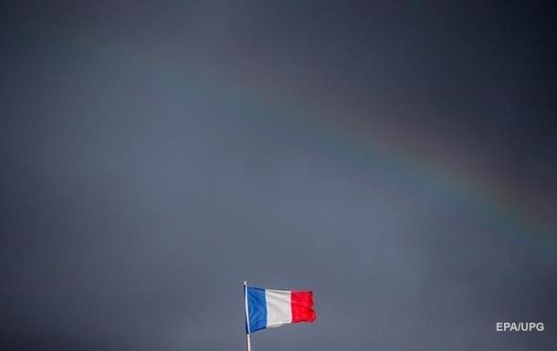 Франция хочет помочь России в снятии санкций