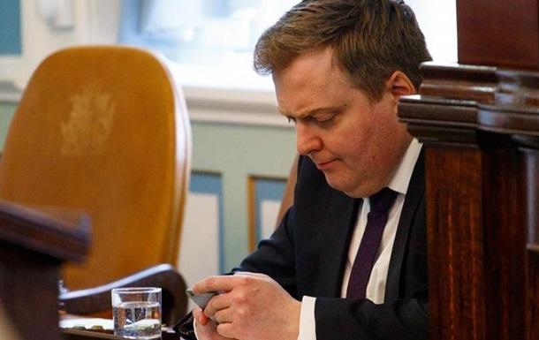 Прем єр-міністр Ісландії подав у відставку через офшорний скандал