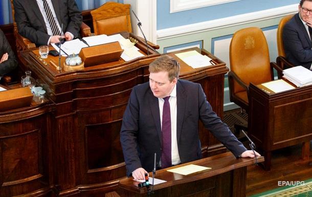 В Ісландії призначили позачергові вибори через офшорний скандал